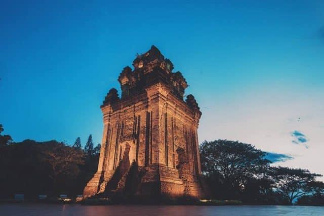 Tháp Nhạn Phú Yên cùng sự tích nàng tiên nữ Thiên Y A Na - Vntrip.vn