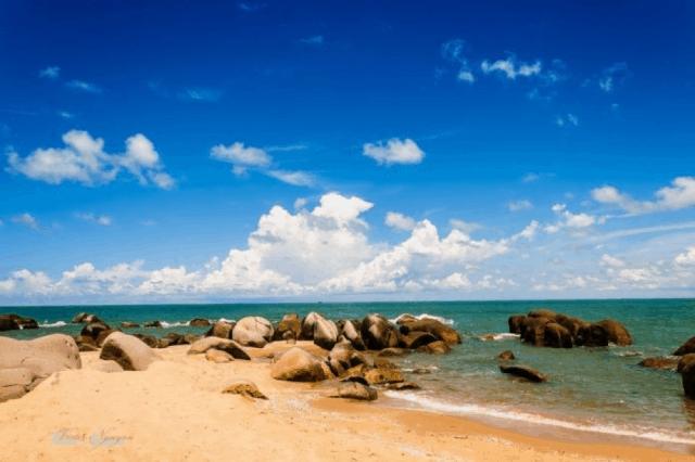 Bãi biển Long Hải Vũng Tàu hoang sơ