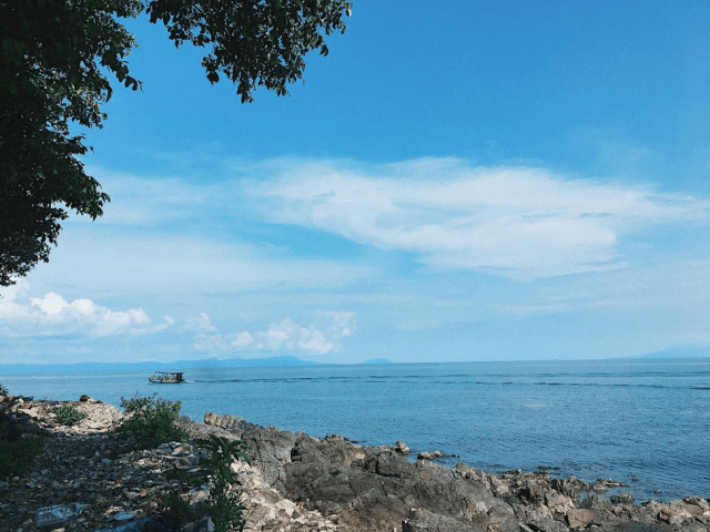 Hoàng hôn trên đảo Hải Tặc