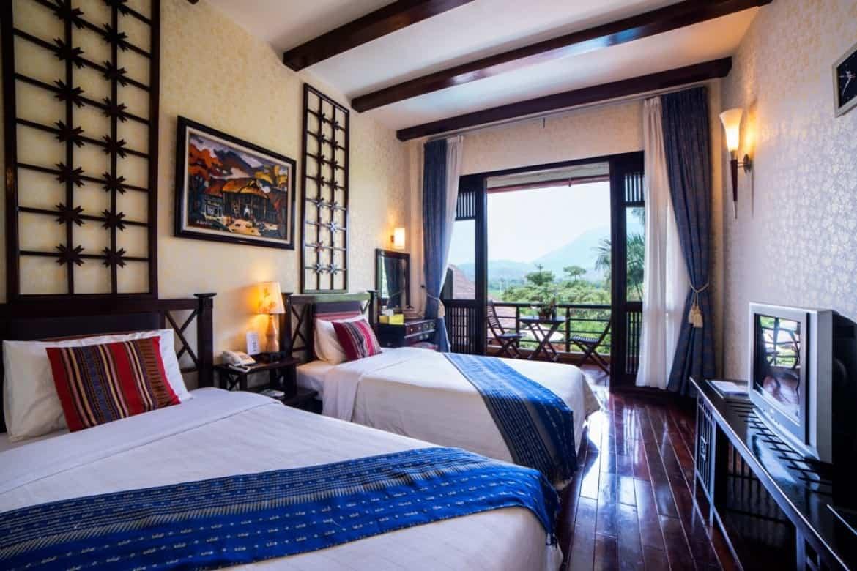 Phòng Deluxe Mai Châu Lodge hướng bể bơi