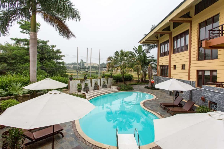 Bể bơi ngoài trời tại Mai Châu Lodge
