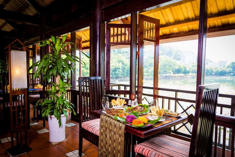Ẩm thực dân tộc đặc sản tại Mai Châu Lodge