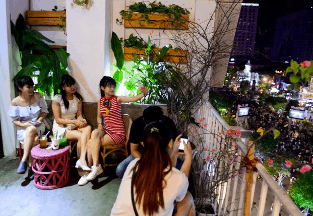 Ngắm phố Nguyễn Huệ từ trên cao (Ảnh ST)