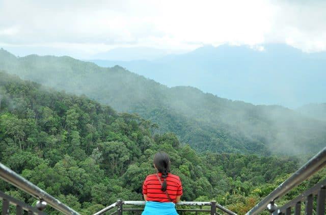 Vọng Hải Đài ngắm núi Bạch Mã