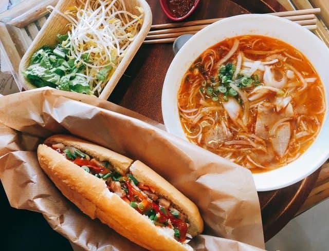Bánh mì thịt heo quay Đà Nẵng 01