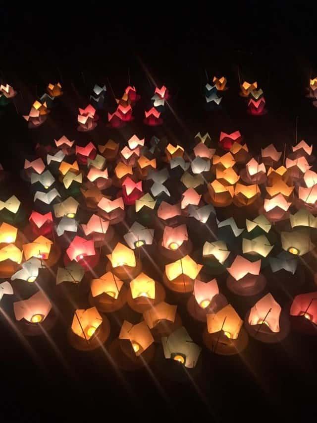 Lễ hội thả đèn hoa đăng (Ảnh ST)
