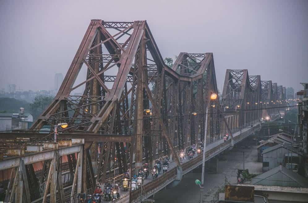 Cầu Long Biên thắng cảnh đẹp ở Hà Nội