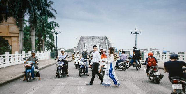 Cầu Trường Tiền - địa điểm chụp ảnh cưới tại Huế 02