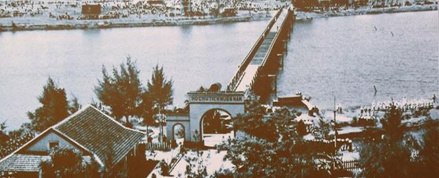 Cầu Hiền Lương - sông Bến Hải trước kia