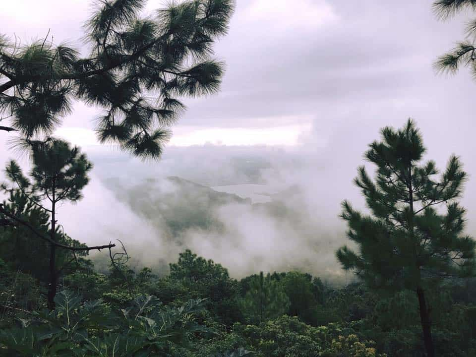Chùa Hương Tích - Mây và núi bồng bềnh như tiên cảnh