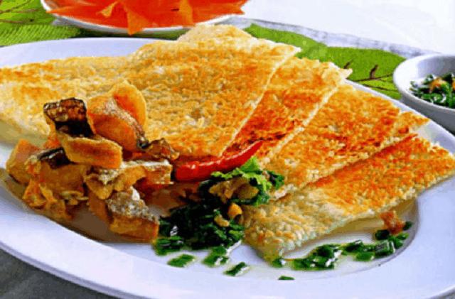Cơm vắt kho cá dứa, món ăn yêu thích của khách du lịch