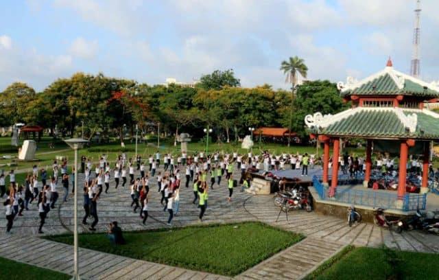 Địa điểm vui chơi ở Hà Nội - Công viên 02
