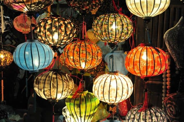 đèn lồng truyền thống hội an