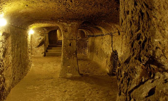 Đường hầm trong địa đạo Củ Chi (Ảnh ST)