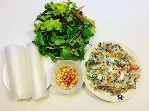 Đặc sản Phú Quốc - Gỏi cá trích