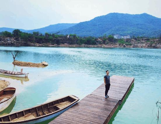 Hồ Đá Xanh (Ảnh ST)