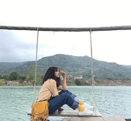 Chụp ảnh so deep ở Hồ Đá Xanh (Ảnh ST)