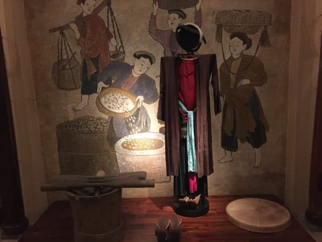 Hình ảnh bảo tàng áo dài TPHCM