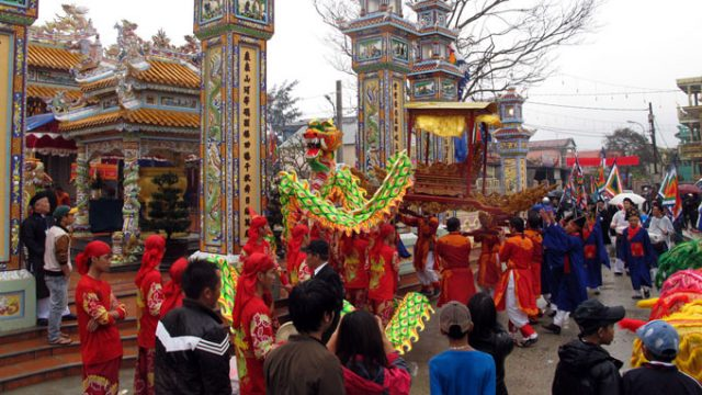 Địa điểm du lịch quanh biển Thuận An 01