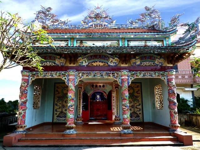 Địa điểm du lịch quanh biển Thuận An