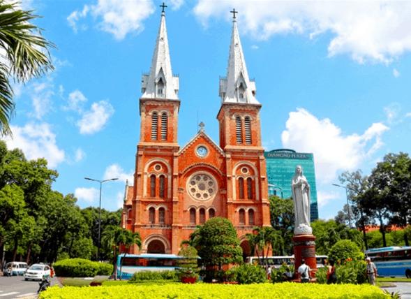 Nhà thờ Đức Bà (Ảnh ST)