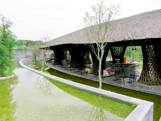 Ăn uống tại Khu du lịch sinh thái Diễn Lâm 01