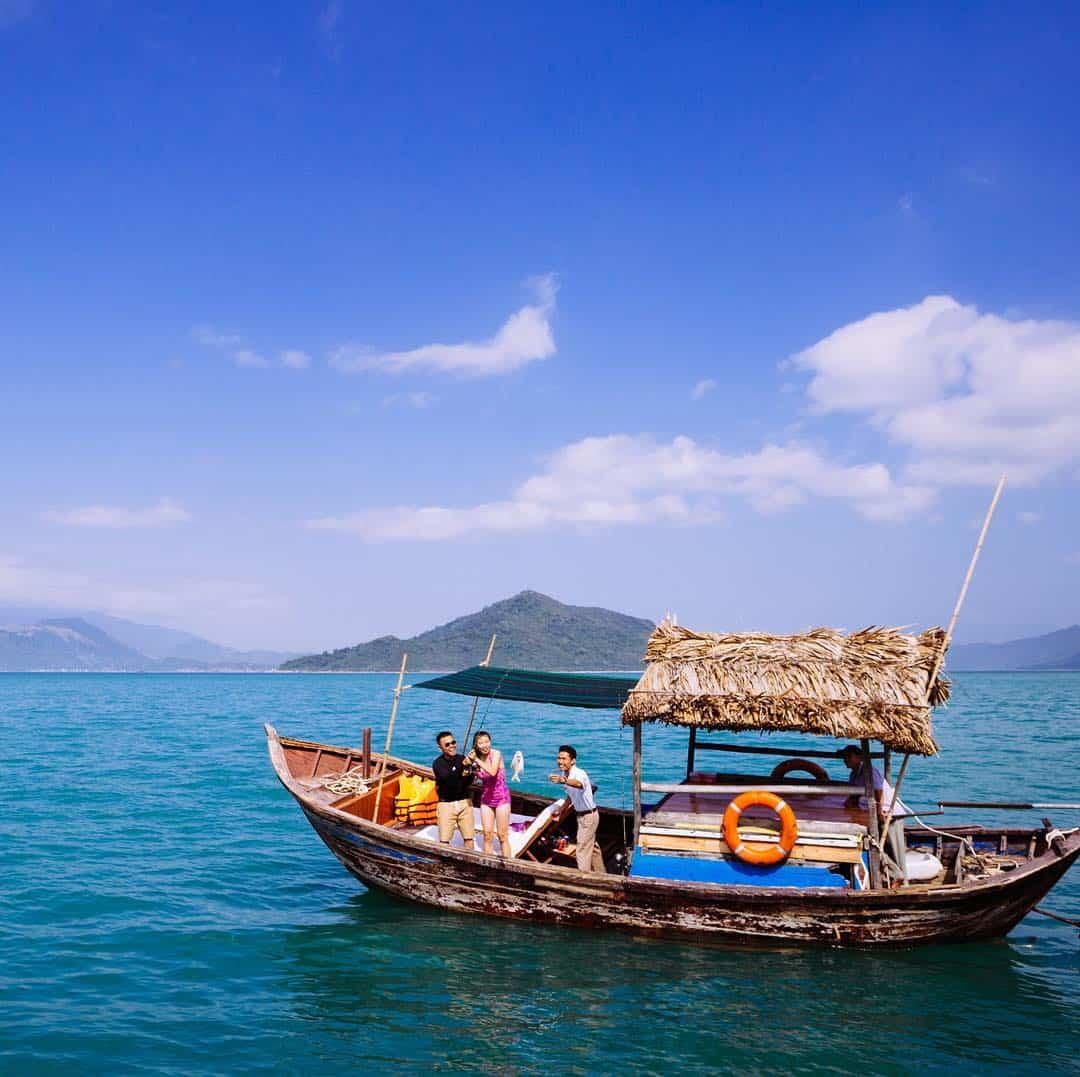 """Nếu cần một nơi để """"ở ẩn"""" hãy đến vịnh Ninh Vân nhé! (Ảnh: ST)"""