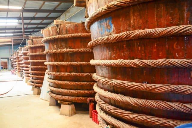 Thăm cơ sở sản xuất nước mắm