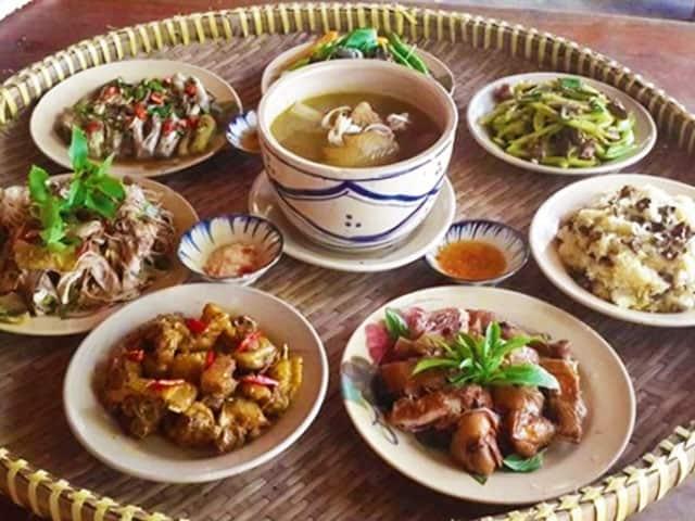 Bữa cơm đậm chất quê ở khu Thảo Điền quận 2