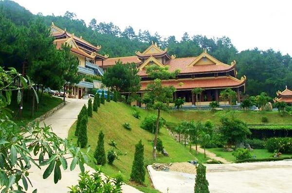 Khu du lịch Trúc Lâm Viên