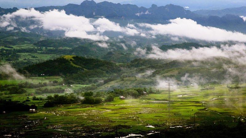 Đèo Thung Khe trong lành vào buổi sáng