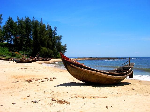Làng chài ven biển Cửa Tùng ở Quảng Trị 01