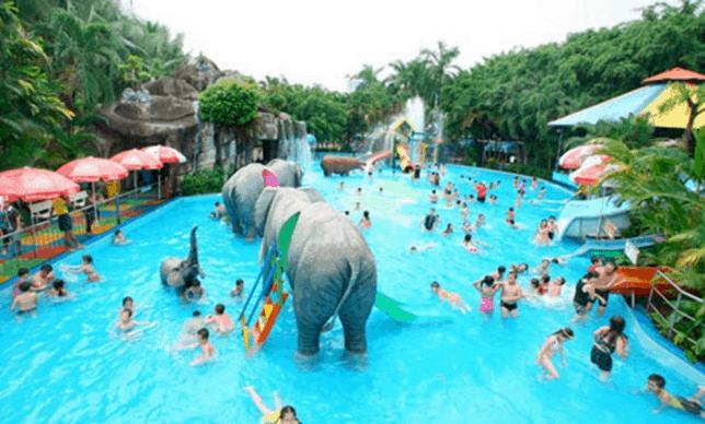 Khu vực vui chơi dành cho trẻ em ở công viên nước Đầm Sen (Ảnh ST)