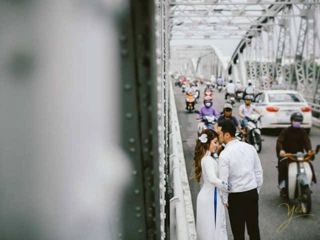 Cầu Trường Tiền - địa điểm chụp ảnh cưới tại Huế 01