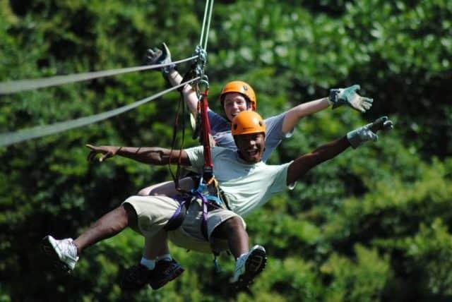 Zipline - trò chơi mạo hiểm ở Khu du lịch Hòa Phú Thành 01