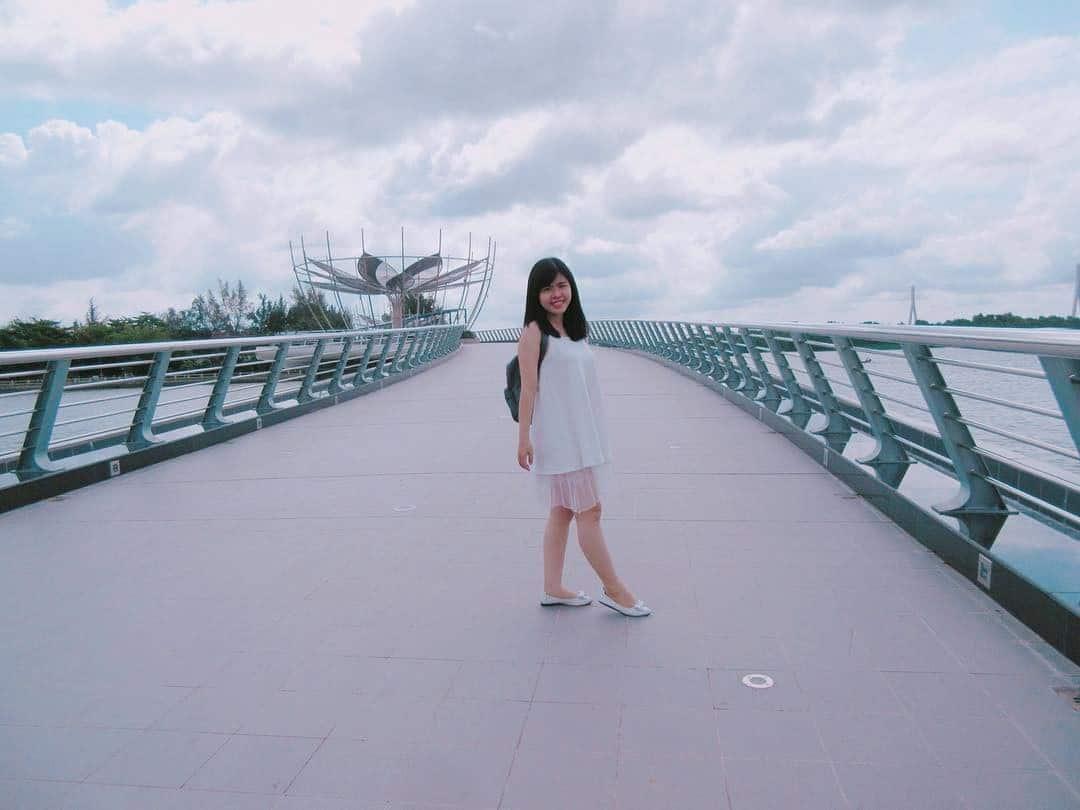 Vẻ đẹp thơ mộng trên cây cầu tình yêu Cần Thơ