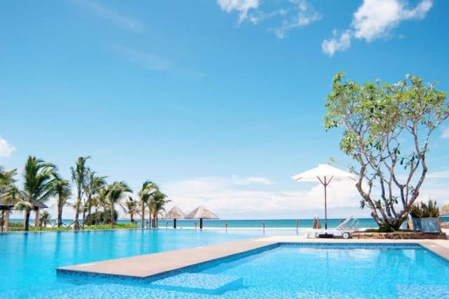Bể bơi Eden Resort Phu Quoc