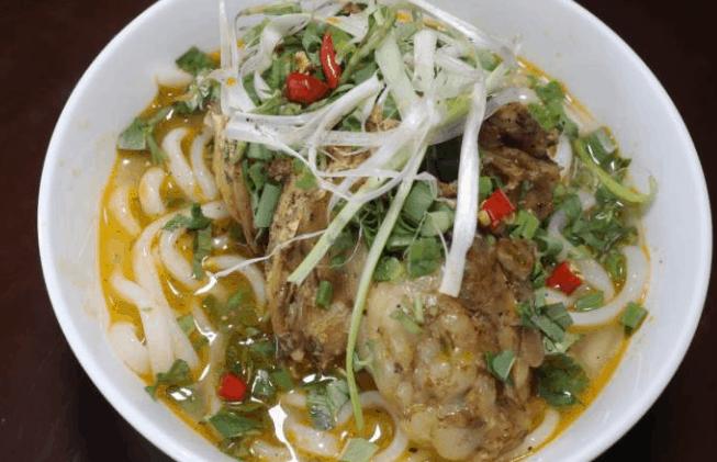 Bánh canh cá lóc Phan Đình Phùng (Ảnh ST)