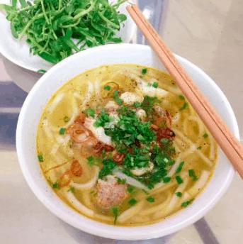 Món bánh canh cá lóc nổi tiếng khắp Sài Gòn (Ảnh ST)