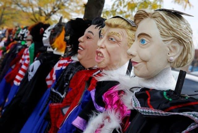 đi chơi halloween tham dự lễ hội hóa trang