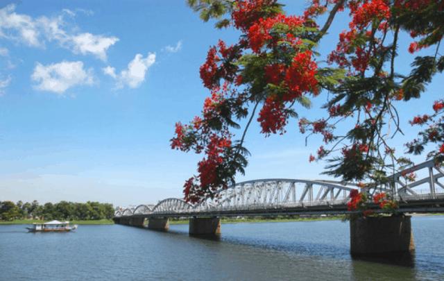 Danh lam thắng cảnh Huế - sông Hương