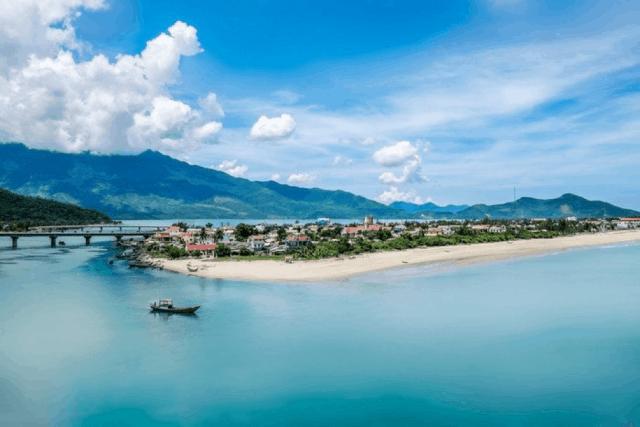 Danh lam thắng cảnh Huế - Vịnh Lăng Cô