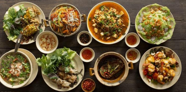 Đồ ăn trong nhà hàng Quán Bụi (Ảnh ST)