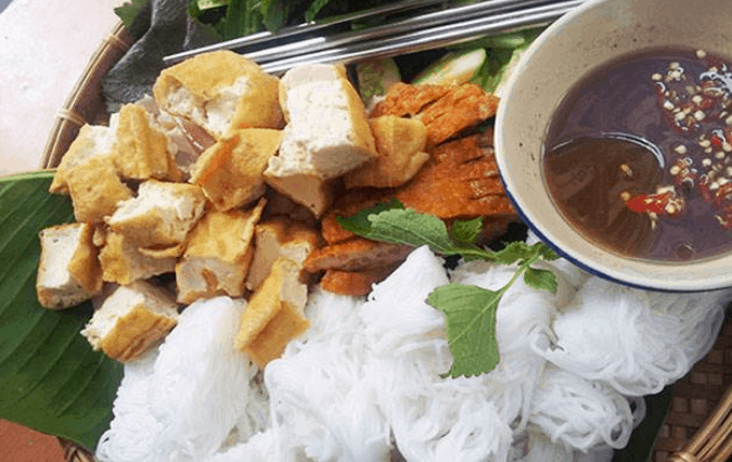 Món ăn vặt trong chợ Thái Bình (Ảnh ST)