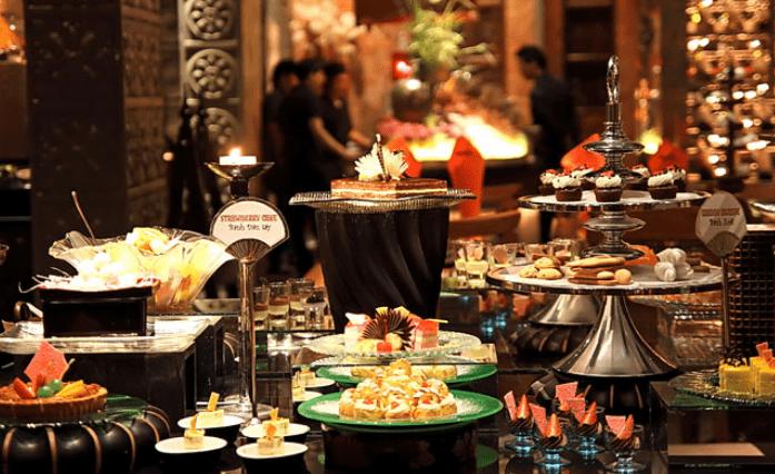 Buffet ở nhà hàng Cham Charm (Ảnh ST)