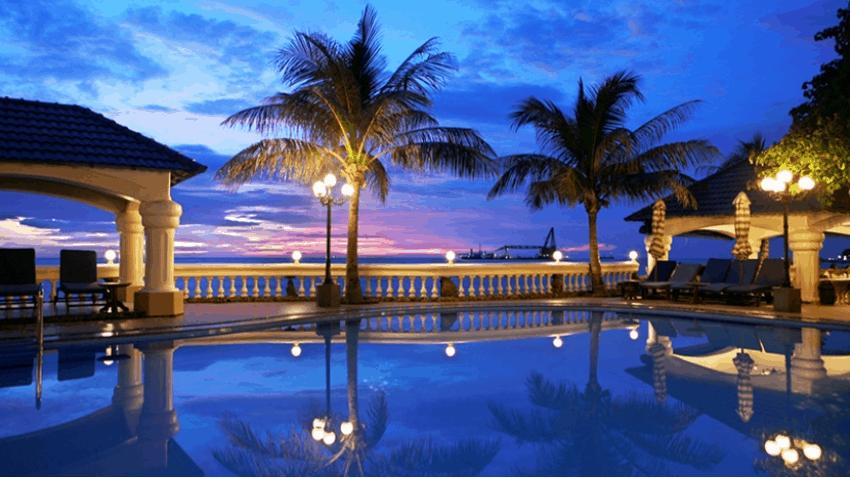 Khung cảnh lung linh của resort