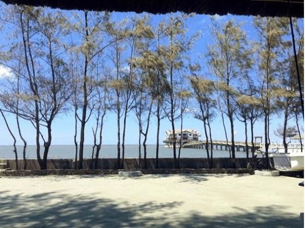Không khí trong lành ở cầu Nam Hải
