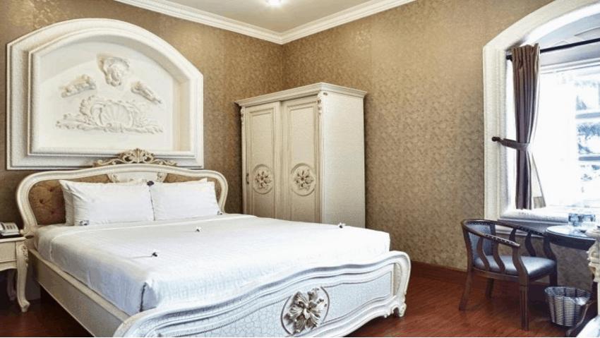 Phòng ngủ đầy đủ trang thiết bị hiện đại