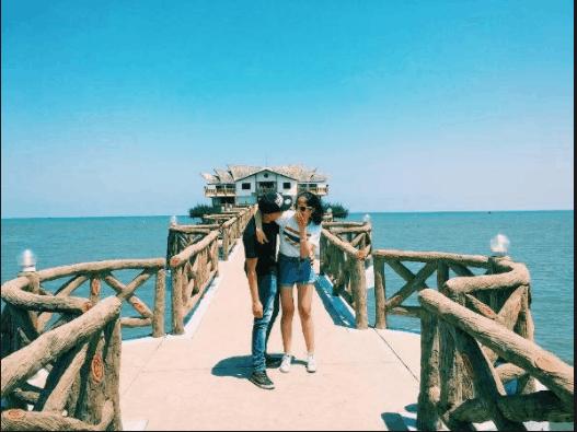 Cầu Nam Hải chính là địa điểm check -in đẹp thu hút giới trẻ