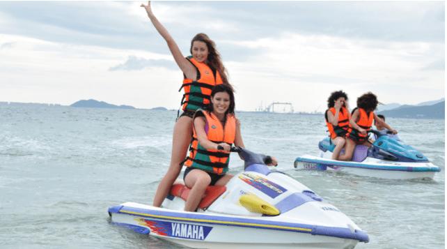 Lướt canô trên biển để cảm nhận sự phiêu lưu